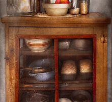 Kitchen - The cooling cabinet by Mike  Savad