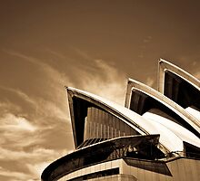 Sydney Opera House by salsbells69