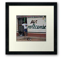 Ciudad borracho Framed Print