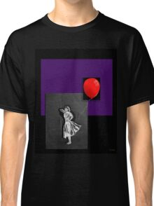 Red Balloon on black Classic T-Shirt