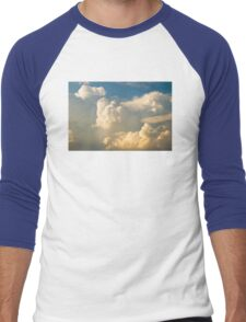 Blue Sky And Building Dramatic Storm Clouds Men's Baseball ¾ T-Shirt