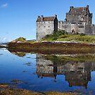 Eilean Donan Morning by Stuart Blance