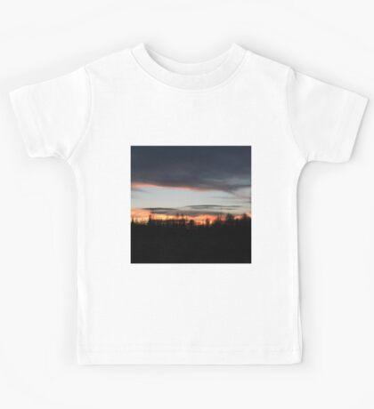 Silhouette Sunset Kids Tee