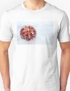 Ornate Christmas Bauble With Snow Unisex T-Shirt