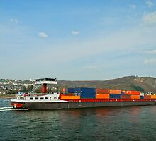 Cargo Ship by Vac1