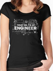 Trust Me I'm An Engineer Women's Fitted Scoop T-Shirt