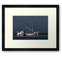 Tow Boat Framed Print