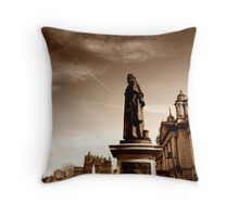 Sir Edward Harland Memorial, Belfast City Hall Throw Pillow