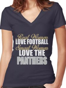 Real Women Love Football Smart Women Love The Panthers Women's Fitted V-Neck T-Shirt