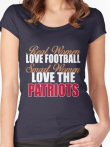 Real Women Love Football Smart Women Love The Patriots Women's Fitted Scoop T-Shirt