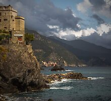 From Monterosso to Vernazza by Chris Fletcher