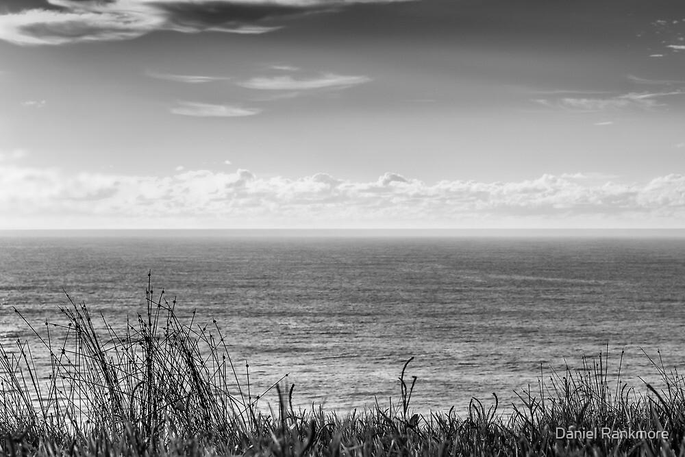 The Ocean - Skennar's Head by Daniel Rankmore