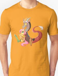 Discord and Fluttershy Cuddles Unisex T-Shirt