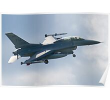 FM AF 86 0053 F-16D Fighting Falcon Approach Poster