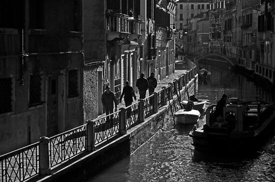 Canal walk (1) by eddiechui