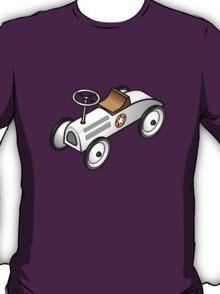 A retro vintage race cart. T-Shirt