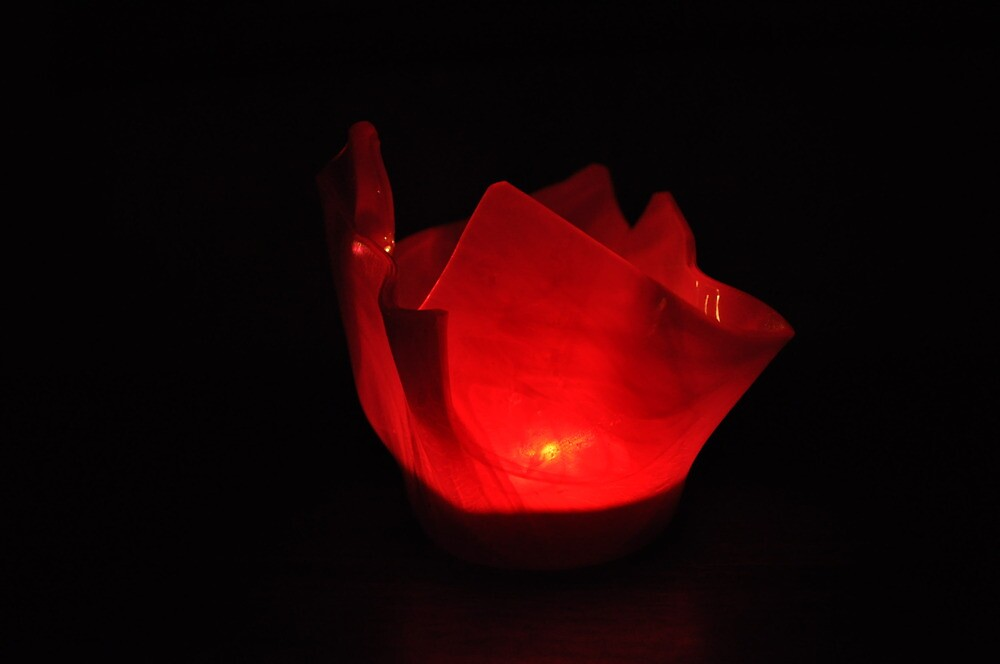 LL - Red candle suspended by Majameath