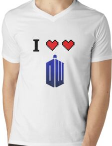 I love love Doctor Who Mens V-Neck T-Shirt