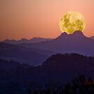 Dusty Moonset by flexigav