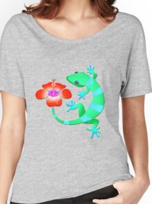 Blue and Green Jungle Lizard with Orange Hibiscus /BACKGROUND Women's Relaxed Fit T-Shirt