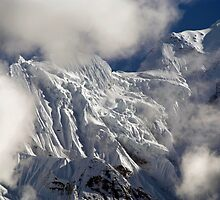 Mountaintop from Upper Pisang by SerenaB