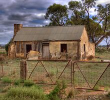 Derelict - Sedan, Murraylands, South Australia by Mark Richards