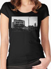 Danker Garage Women's Fitted Scoop T-Shirt