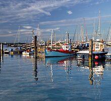Yarmouth harbour by BDomanska