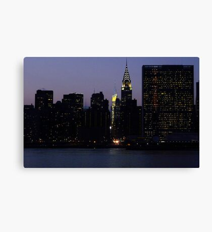 VIEW FROM LONG ISLAND CITY TO THE UNITED NATIONS Canvas Print