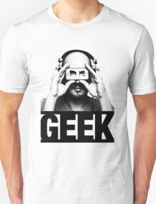GEEK slogan, nerd with headphones & iphone T-Shirt