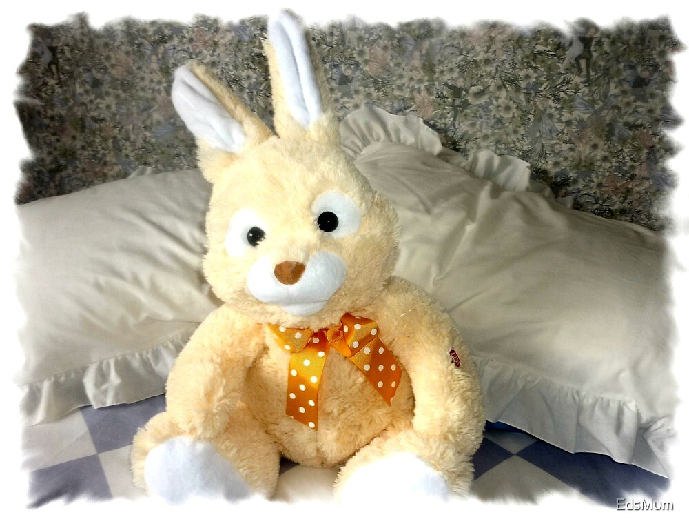 Easter Bunny - a prize & he sings by EdsMum