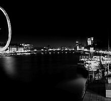 central london late at night by edozollo