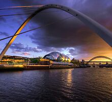 Fine Tyne sunset by Rob Hawkins