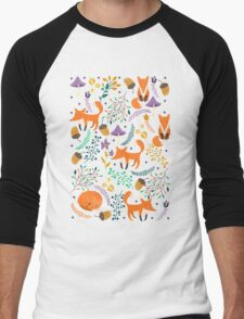 Foxes in magic forest Men's Baseball ¾ T-Shirt