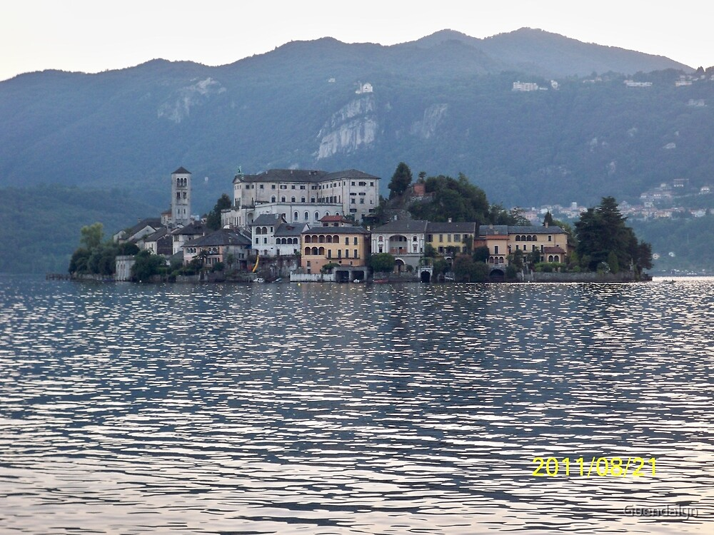 IL LAGO D'ORTA - ISOLA DI SAN  GIULIO - italia mondo 6500 vis.a Novembre 2015 -featured in italy 500+ & RB EXPLORE 14 NOVEMBRE 2011 --- by Guendalyn