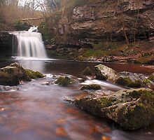 West Burton falls - Yorkshire Dales by brettus1989