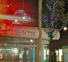 Lloyds London Bus by Leia