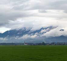 Kamnik Alps panoramic by Ian Middleton