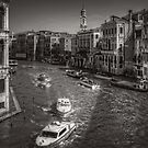 Looking North on the Grand Canal - B&W by Tom Gomez