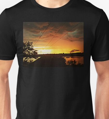 thrill sunset Unisex T-Shirt