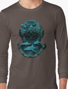 Deep diving Long Sleeve T-Shirt