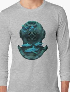 Deep diving Long Sleeve T-Shirt