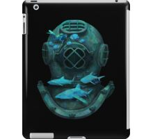 Deep diving iPad Case/Skin
