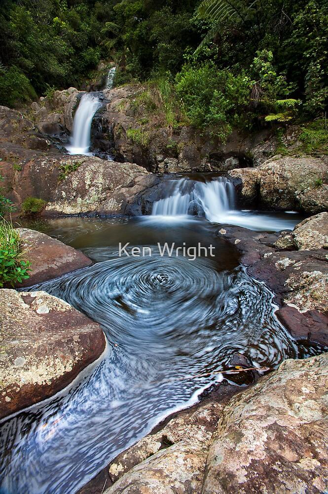 kaiate falls thumb print by Ken Wright