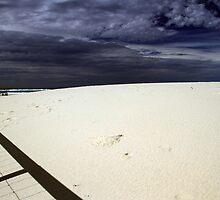 Bilinga Beach Gold Coast by Noel Elliot
