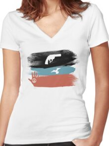 Guns and Peace - T-Shirt Women's Fitted V-Neck T-Shirt