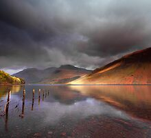 Low light on Wast Water by Douglas  Latham