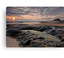 Sunrise over Bamburgh Castle, Northumberland Canvas Print