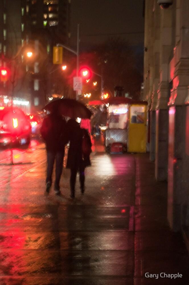 Couple In The Rain On John Street by Gary Chapple