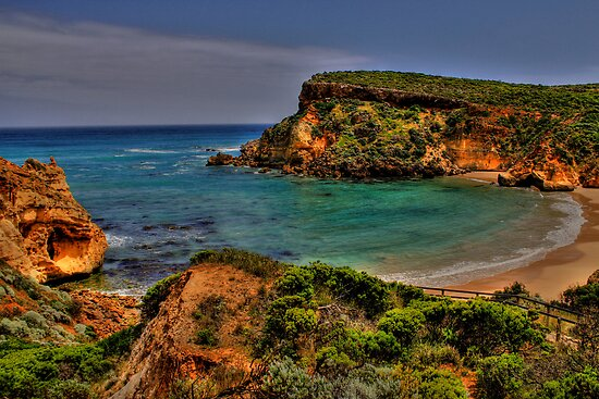 Childers Cove, Great Ocean Road Victoria by Andrew  MCKENZIE
